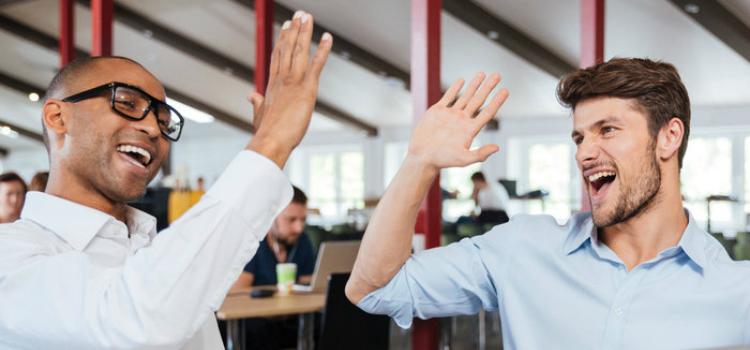 ¿Existe la amistad entre jefe y colaborador?